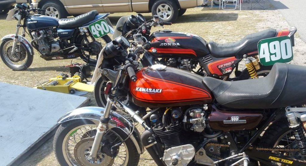 Honda CB-F Kawasaki Z1 Kawasaki KZ650 pit